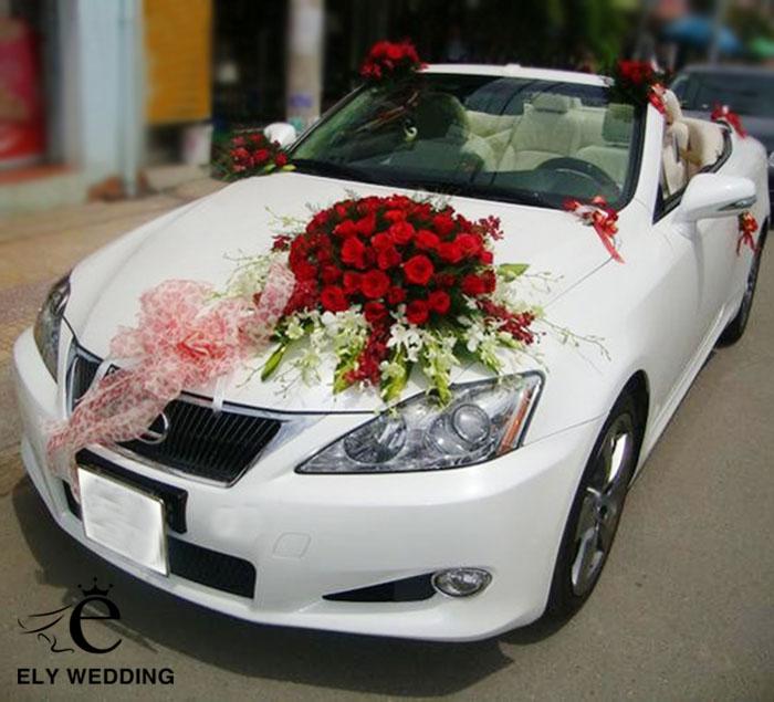 Cách trang trí xe hoa cô dâu đẹp và đơn giản