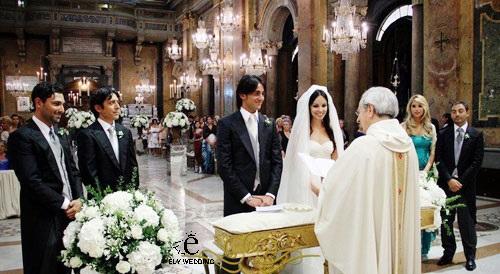 Tổ chức lễ cưới trong nhà thờ: Các nghi lễ bạn không thể bỏ